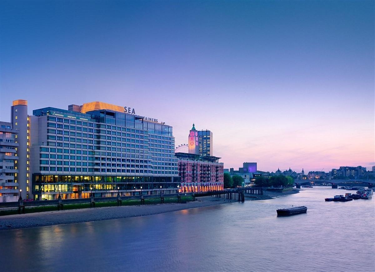 1412176293041_wps_38_Mondrian_London_hotel_in_