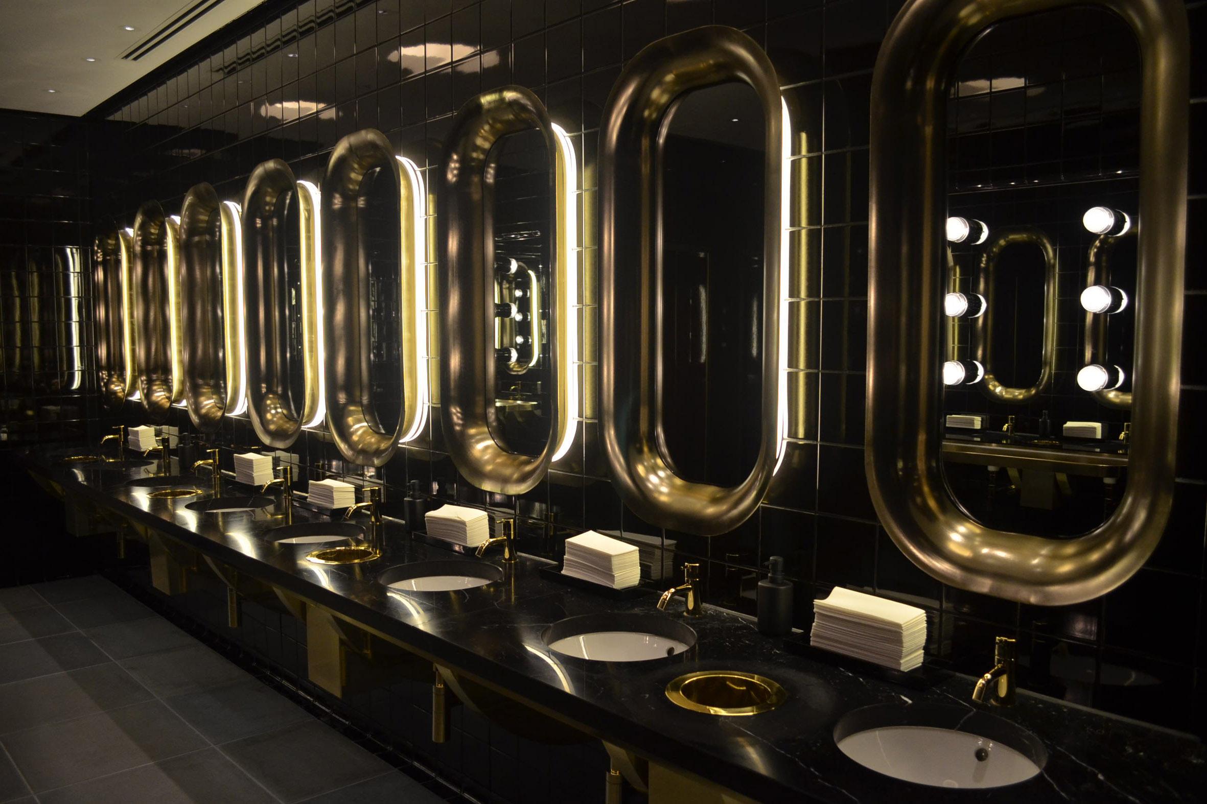 Mondrian-London-Bathroom