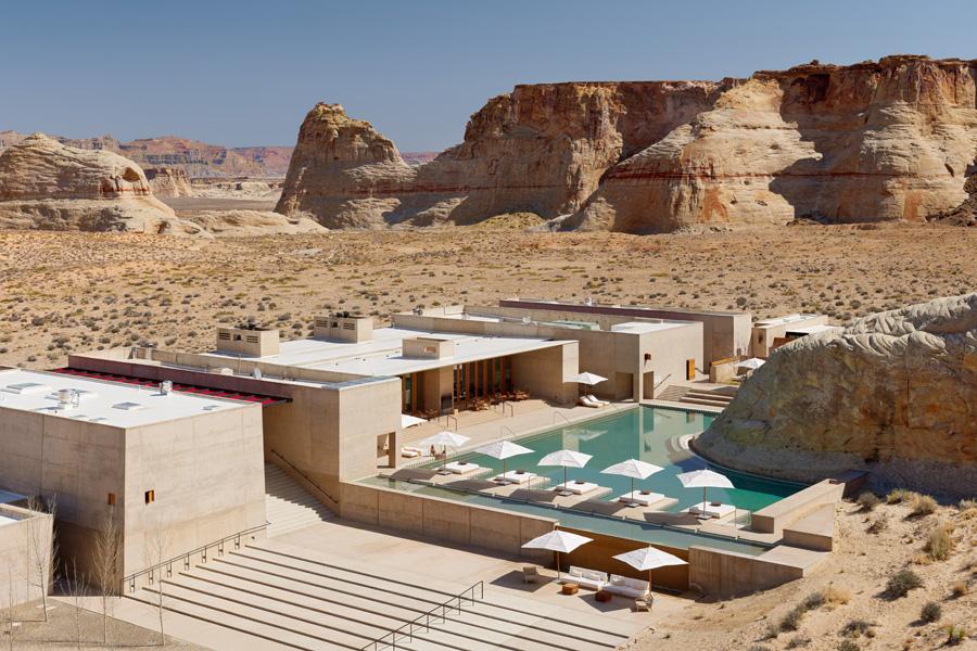 amangiri_hotel_fancyoli_utah_pool_rocks