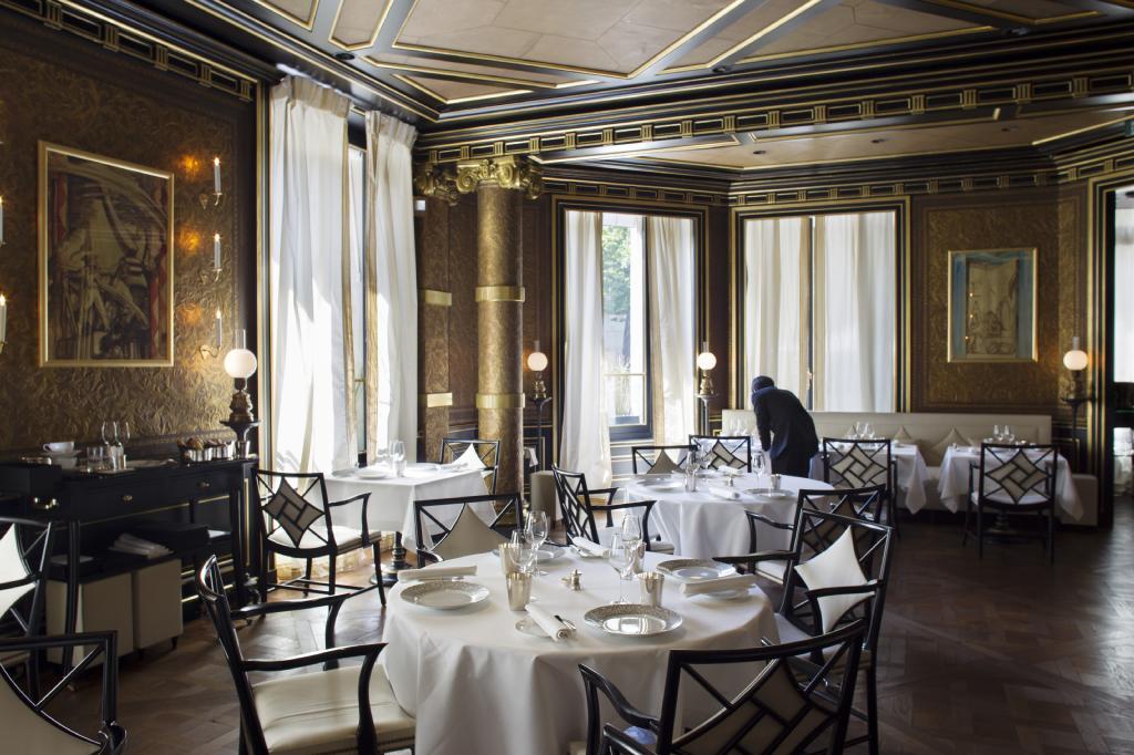 la_reserve_paris_hotel_restaurant_fancyoli