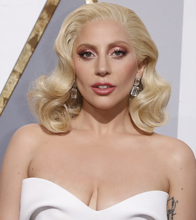 Lady Gaga Oscars 2017 Earings Red Carpet Fancyoli